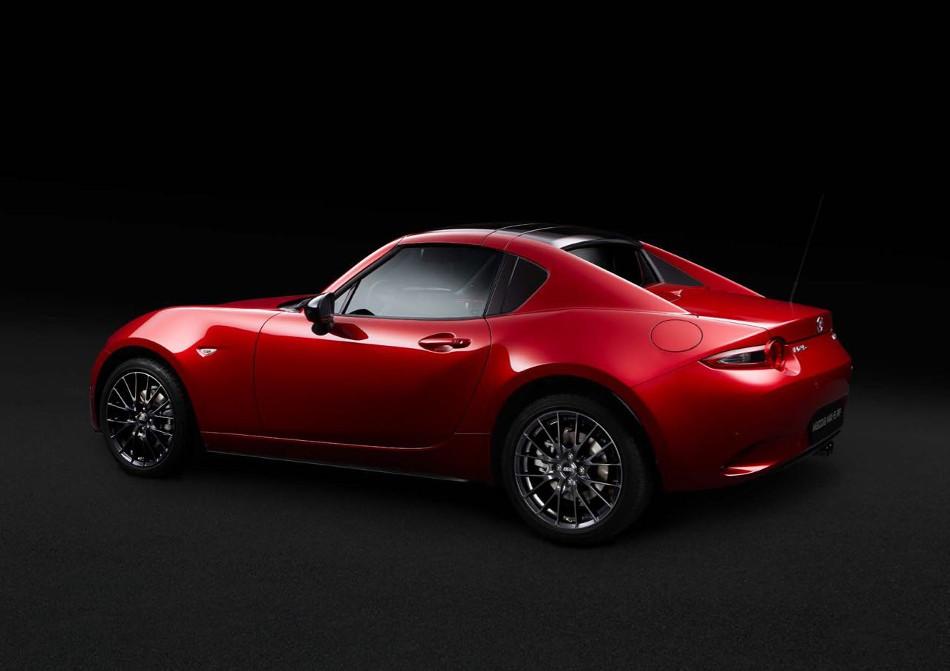Mazda presenta el MX-5 RF Ignition en Barcelona