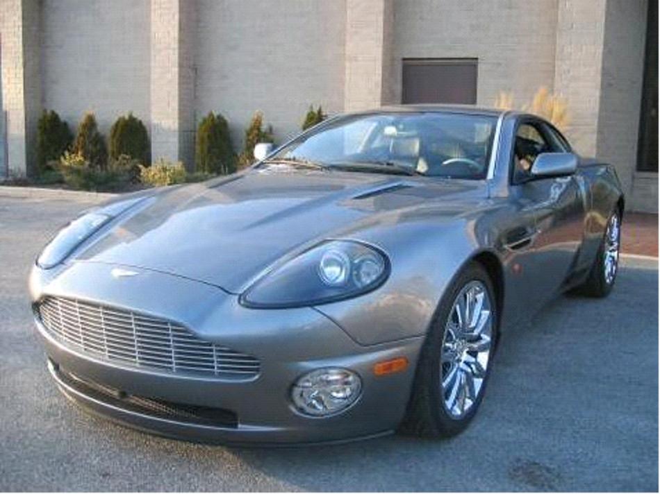 Aston Martin y su huella por el tiempo