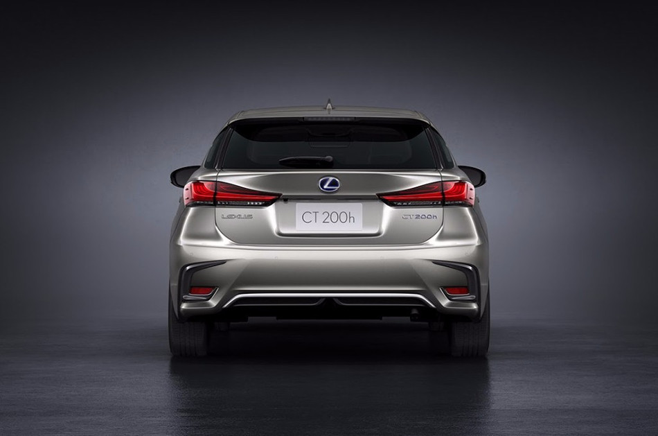 Lexus actualiza el CT 200H