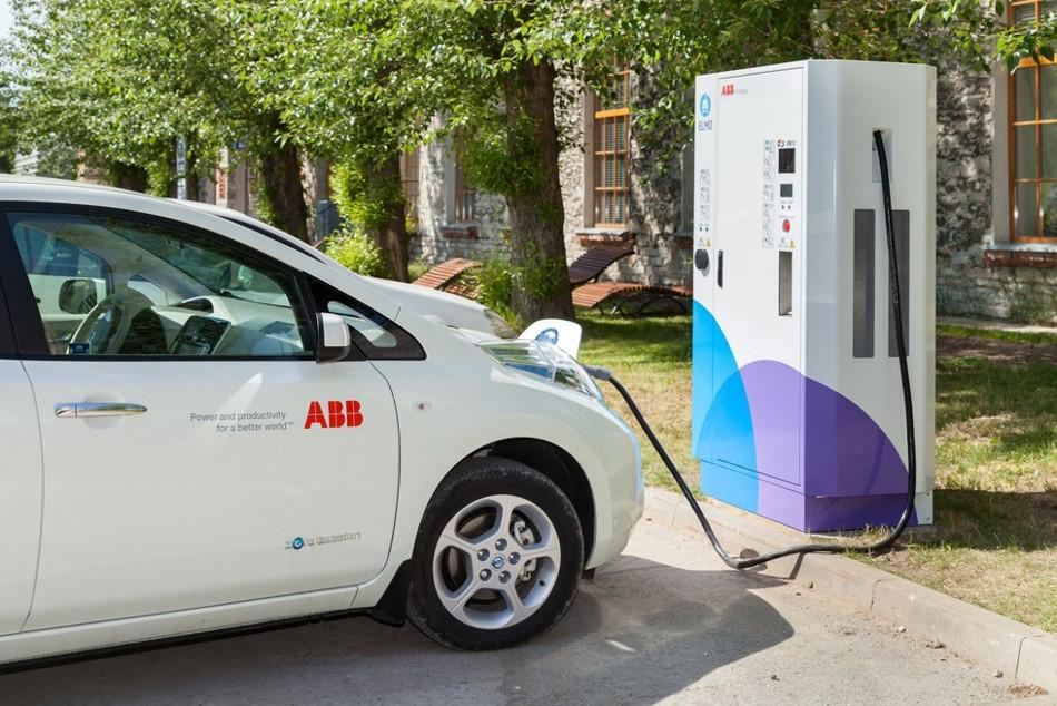 Se acerca el final de los coches impulsados a gasolina, diesel e híbridos