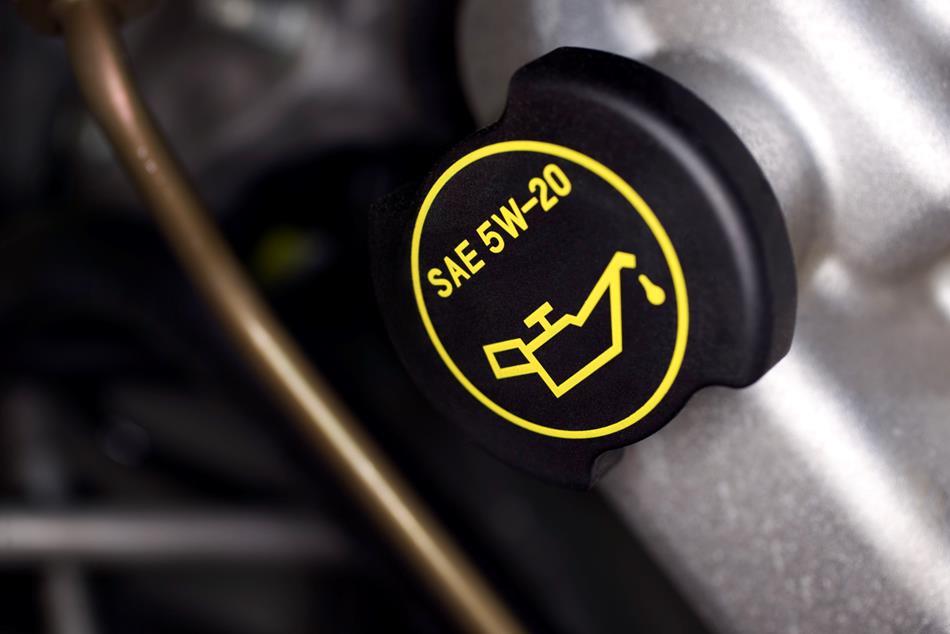 Los lubricantes y su influencia en el motor del coche