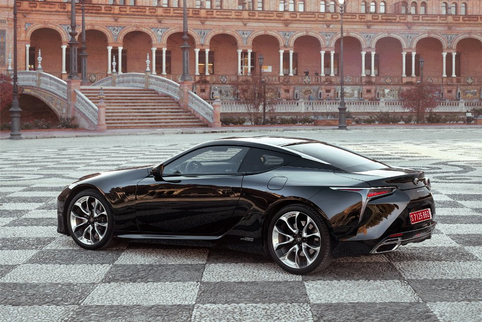 Lexus LC 500H Review 2018