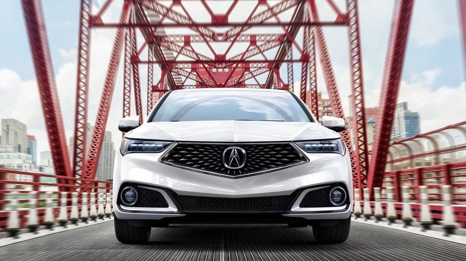 Acura presentó el TLX 2018