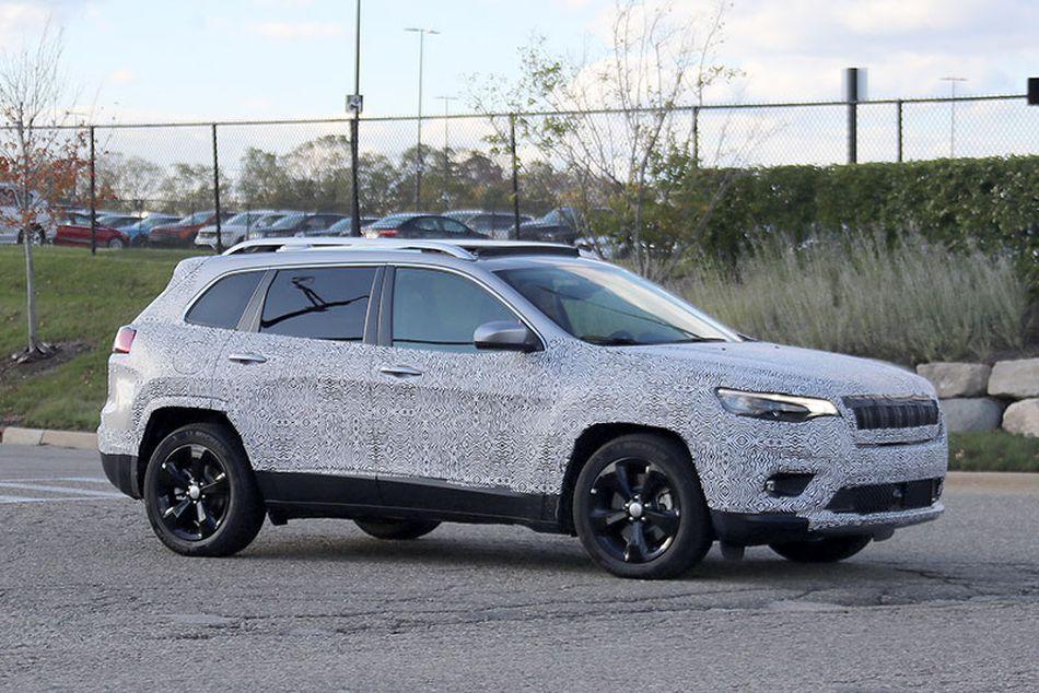 Jeep presenta un restyling de su popular Cherokee