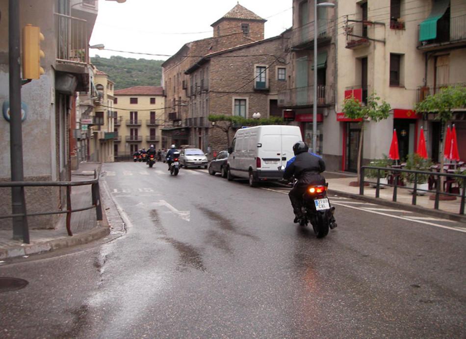 Conduzca su moto en lluvia de forma segura