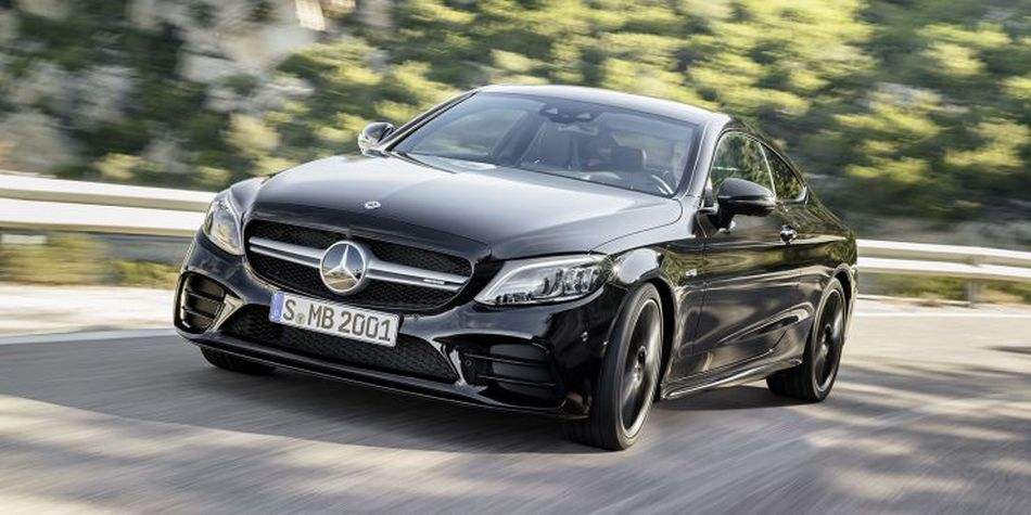 Mercedes Benz trae modificaciones para el clase C en sus versiones Coupé y Cabrio