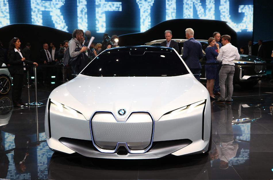 Los planes híbridos y eléctricos de BMW para los próximos 7 años