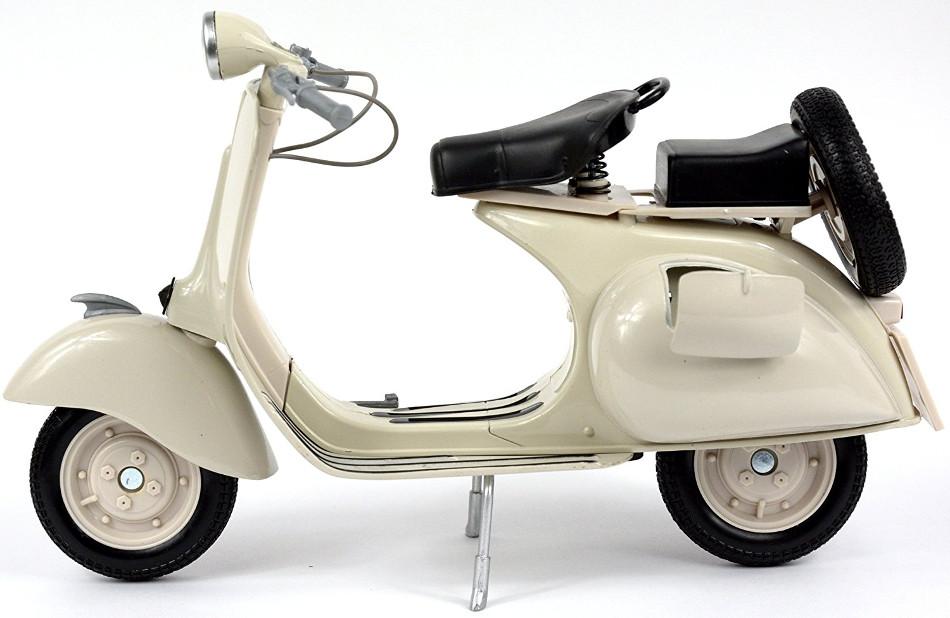 Piaggio celebra los 50 años de la Vespa Primavera