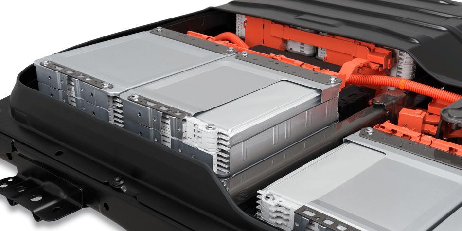 Baterías de estado sólido mejoran la autonomía de los coches eléctricos