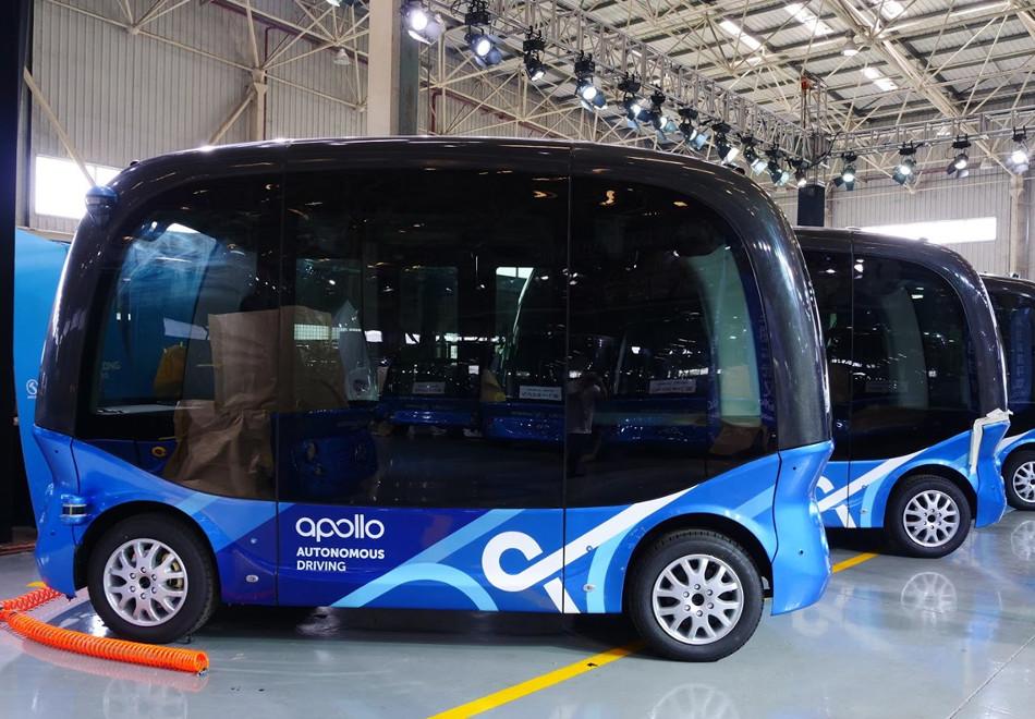 Baidu anunció la producción del Apolong autónomo