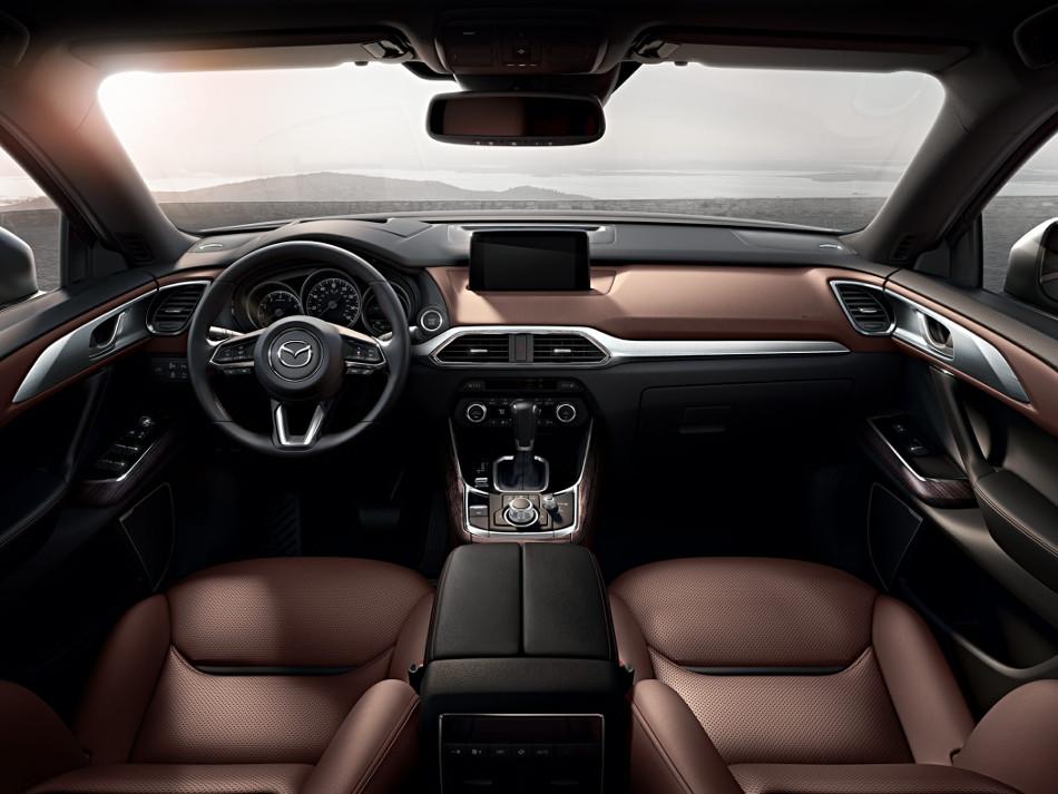 Mazda CX-9 2018, un SUV de tamaño mediano que ofrece 7 plazas