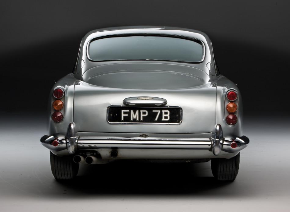 Se fabricaran 25 réplicas del Aston Martin DB5 de James Bond 007