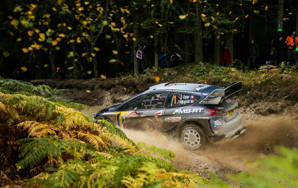 Neuville aprieta pero Tanak sigue imparable
