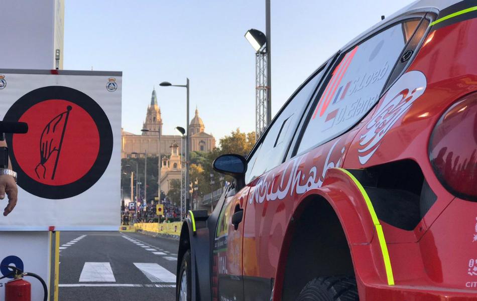 Ogier ataca a fondo en Barcelona