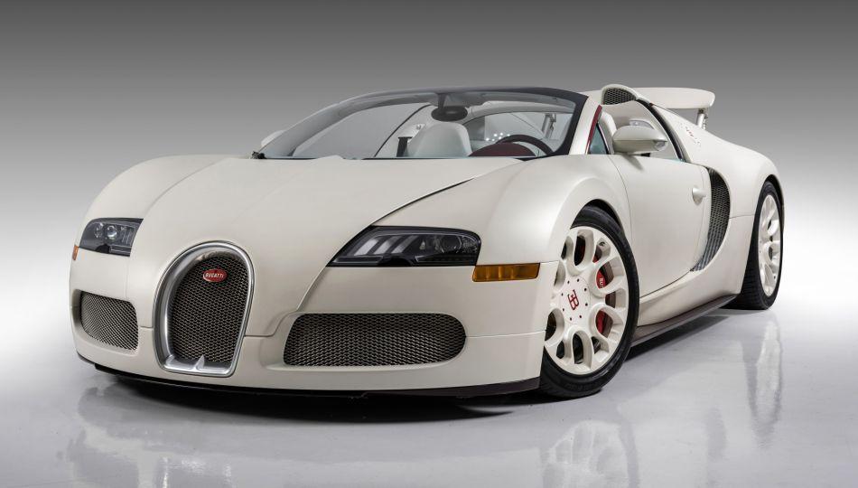 El Bugatti Veyron, Historia, lujo y velocidad