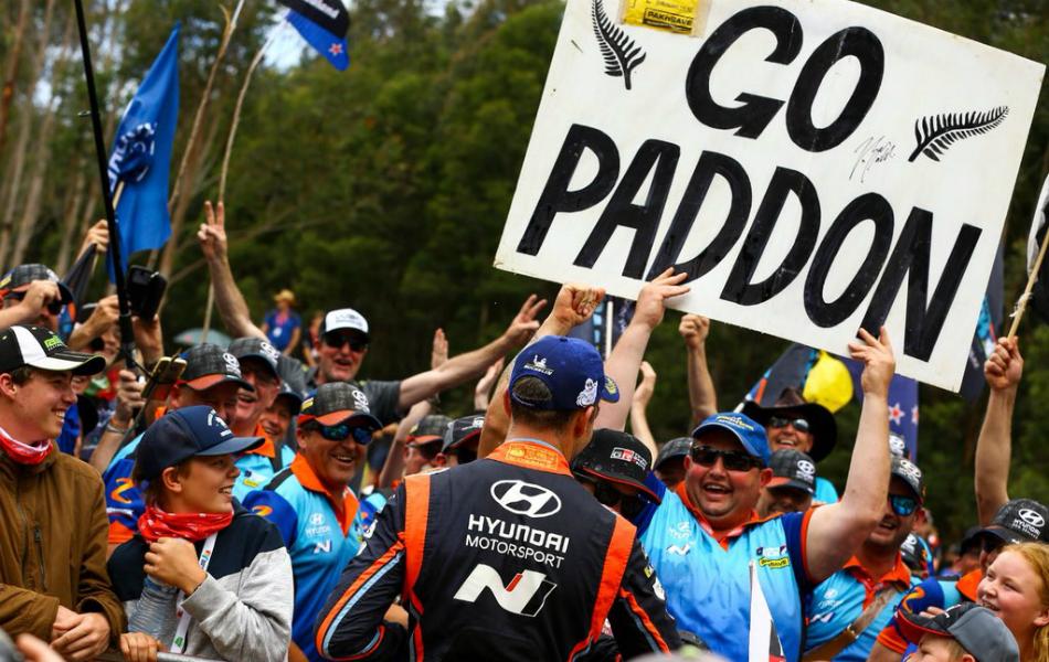 Hayden Paddon se queda sin asiento