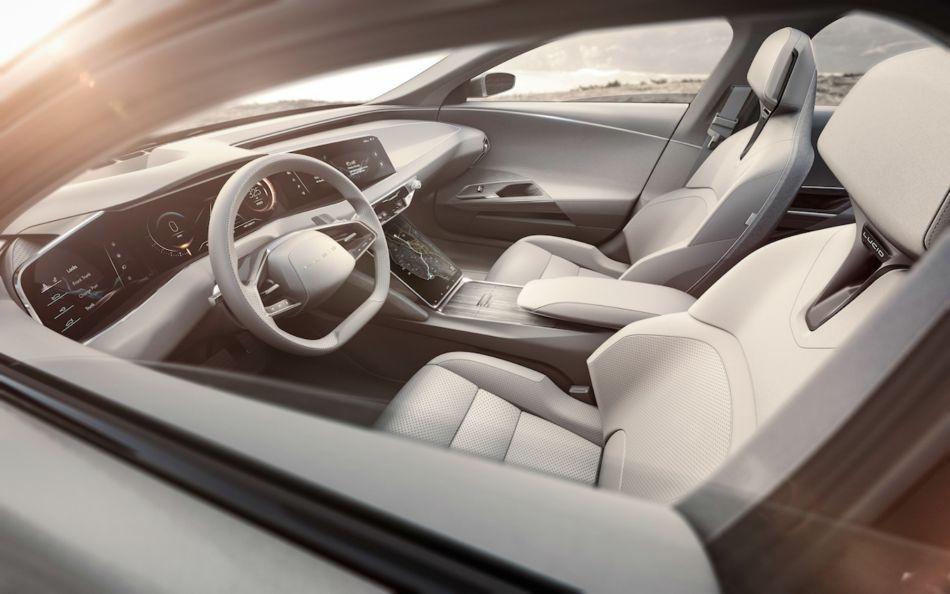 El Asiento del coche: Sus beneficios, evolución e historia