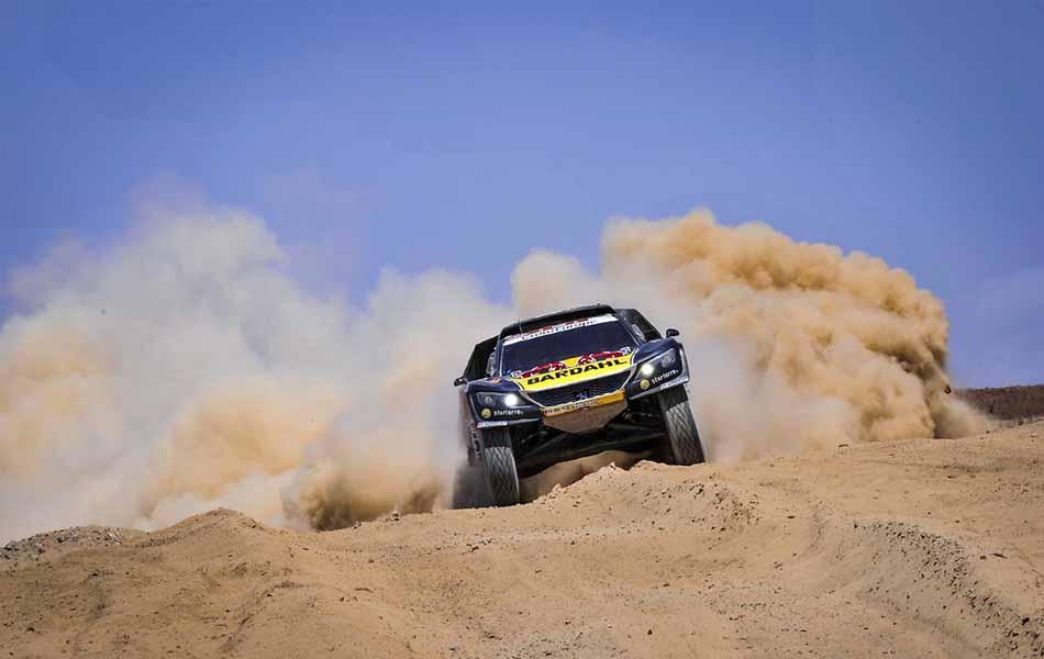 Al-Attiyah, con Dakar y medio en el bolsillo