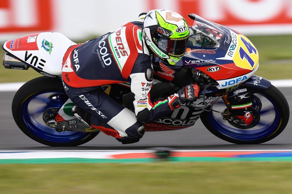 Jaume Masiá gana su primera carrera y completa un GP de ensueño