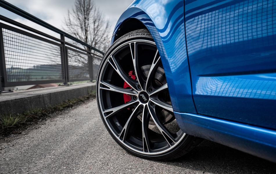 ABT mejora al Skoda Octavia RS