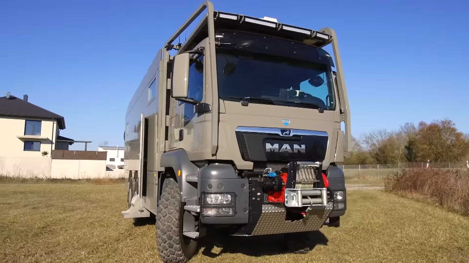 MAN TGS 6X6 by Unicat