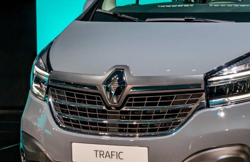 Renault actualizó los modelos Master y Trafic
