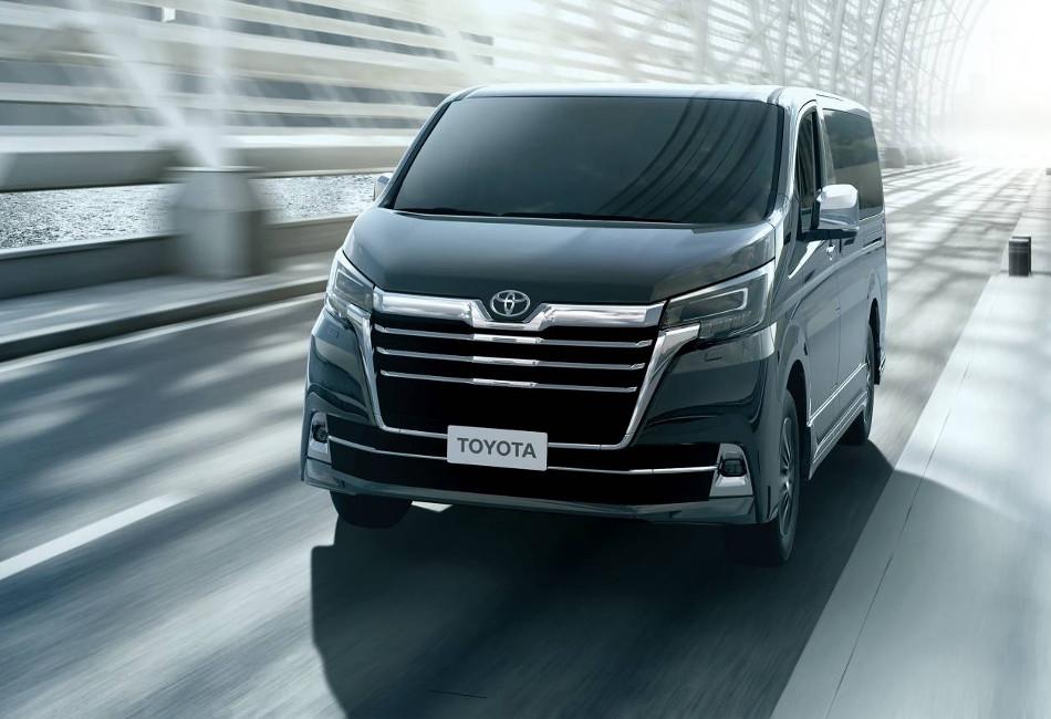 Toyota presentó el Granvia 2020