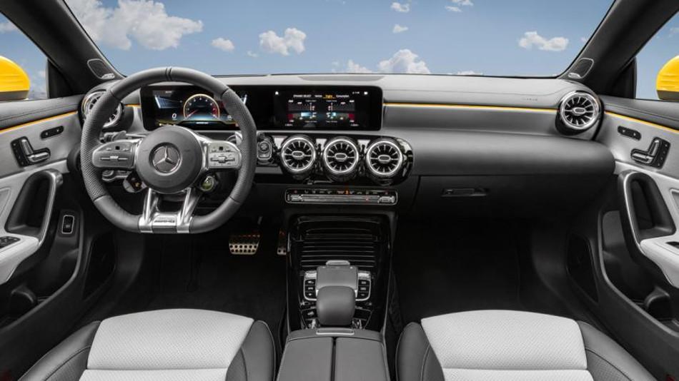 Mercedes-AMG CLA 35 Shooting Brake