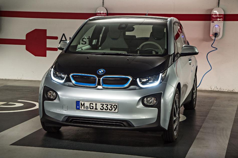 Jaguar y BMW se asocian para juntos desarrollar autos eléctricos