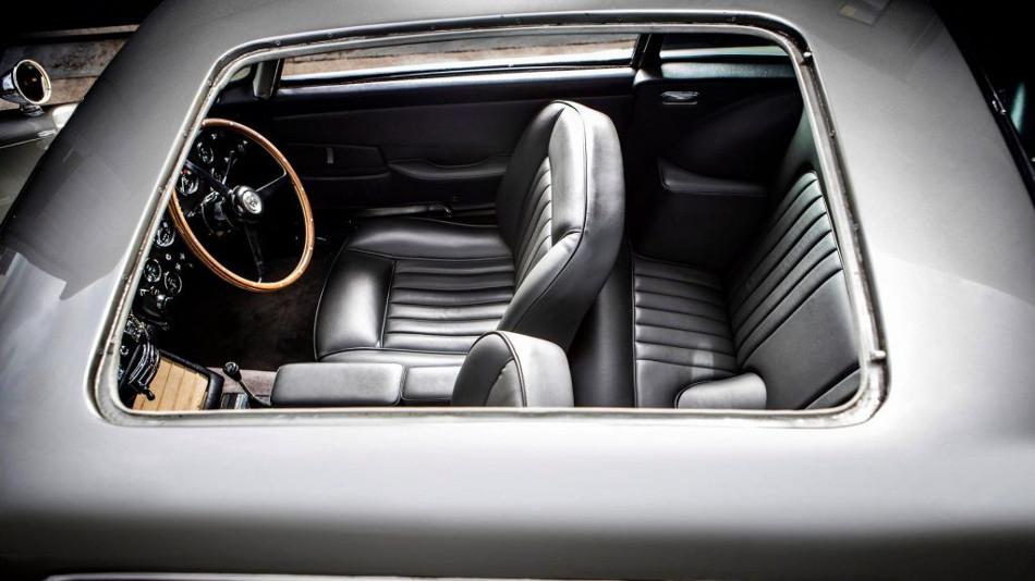 Sera subastado este Aston Martin DB5 James Bond