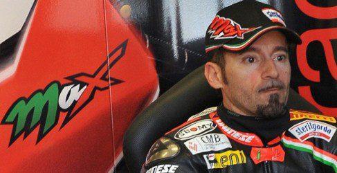 Max Biaggi encabeza el doblete de Aprilia en Nürburgring