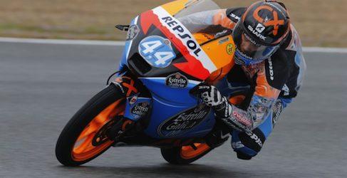 Miguel Oliveira marca el mejor tiempo de los FP1 en Moto3