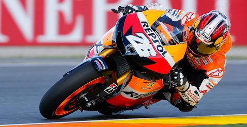 Dani Pedrosa vence desde el pitlane de Cheste en una carrera loca de MotoGP