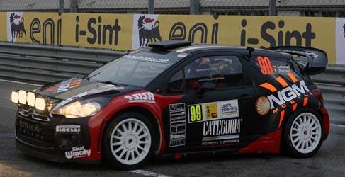 Valentino Rossi gana su tercer Monza Rally Show