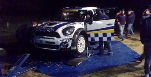 François Delecour prueba el Mini JCW WRC