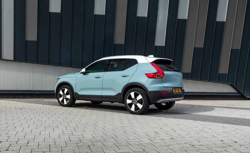 Volvo actualiza el XC40 para 2020