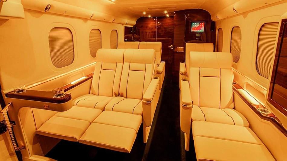 Así es el extravagante y lujoso Lexani G-77 Sky Master