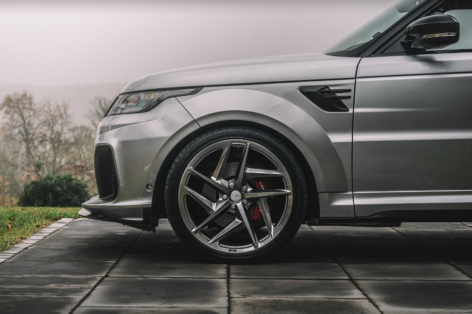 El Range Rover Sport SVR de Kahn