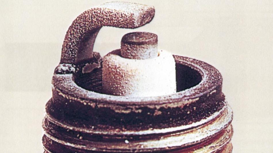 Limpieza y mantenimiento de las bujías