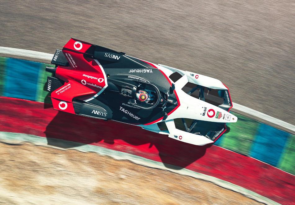 Porsche mostró su bólido para la Fórmula E