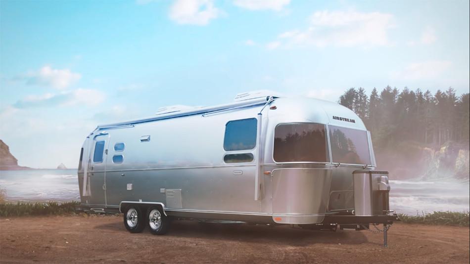 Airstream presenta la lujosa caravana Globetrotter 30