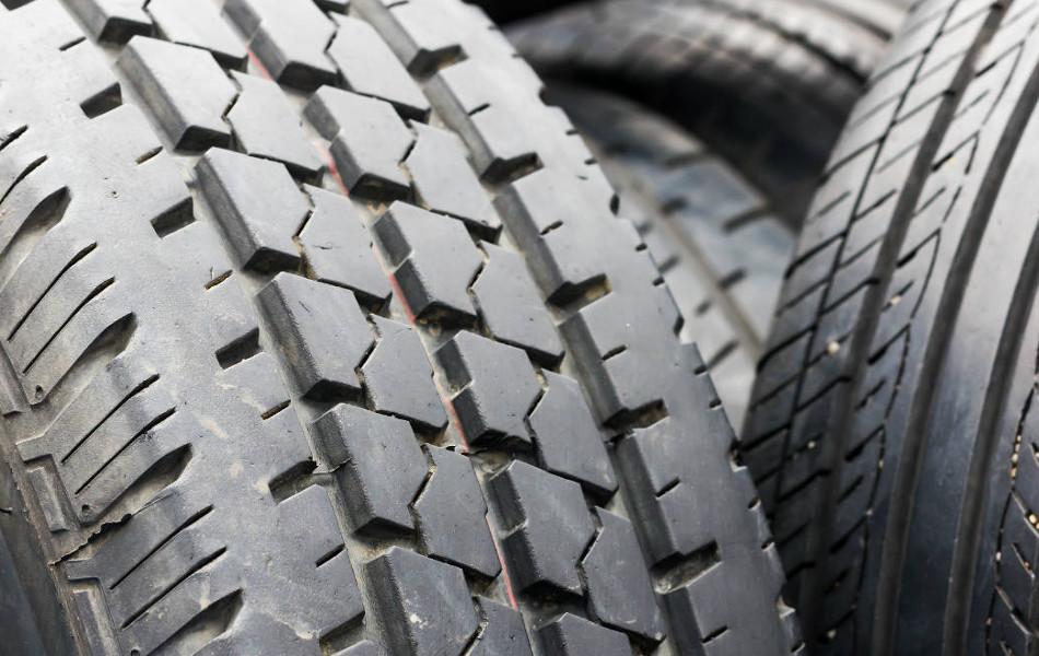 Cuidado con el uso de neumáticos usados