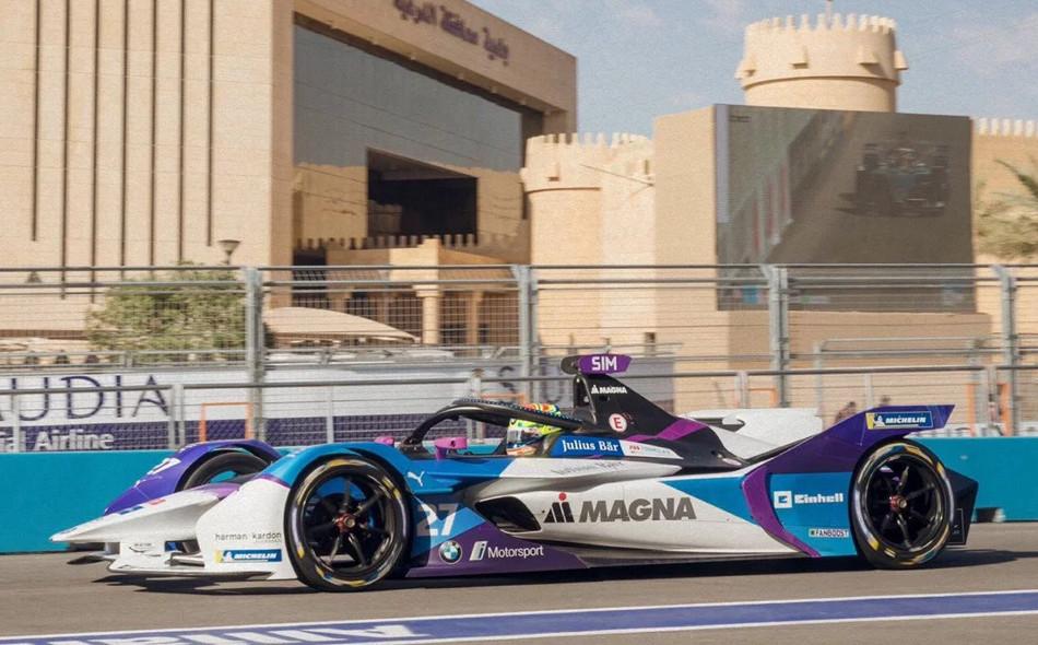 Alexander Sims logró su primera victoria en Arabia Saudita