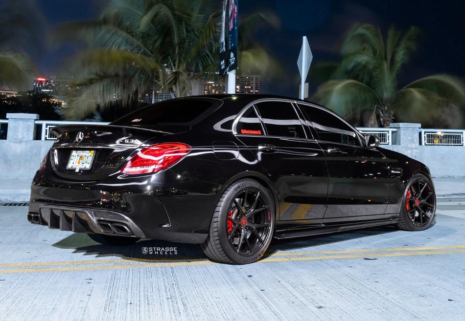 Mercedes-AMG C63 2020