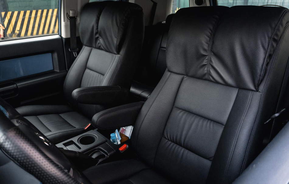 Toyota FJ Cruiser by Atoy Customs