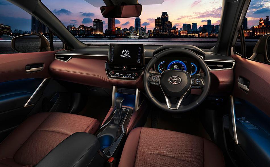 Nuevo Toyota Corolla Cross 2021 - Motor y Racing