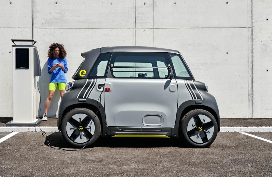 Opel anunció la llegada del Rocks-e