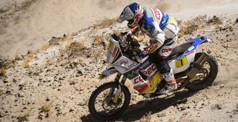 """Dakar 2013, etapa 6: """"Chaleco"""" López y Al-Attiyah triunfan en el naufragio de la armada española"""