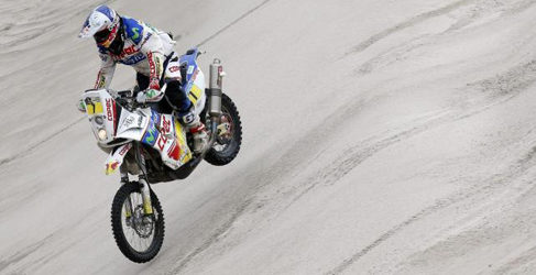 "Dakar 2013, etapa 13: Gordon suma dos, Roma sin podio. ""Chaleco"" se anota la penúltima en motos"