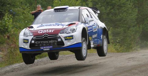 Chris Atkinson con un Citroën DS3 WRC en México